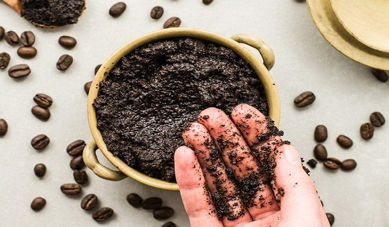 اسکراب قهوه و روغن نارگیل