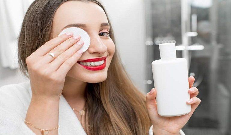 تونر صورت برای کدام نوع پوست مناسب است ؟