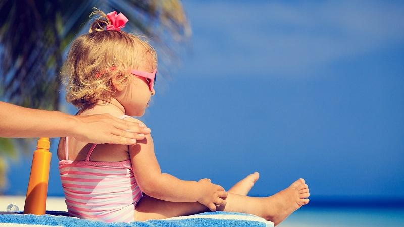 بهترین اسکین کر اصفهان | ضد آفتاب برای پوست کودکان