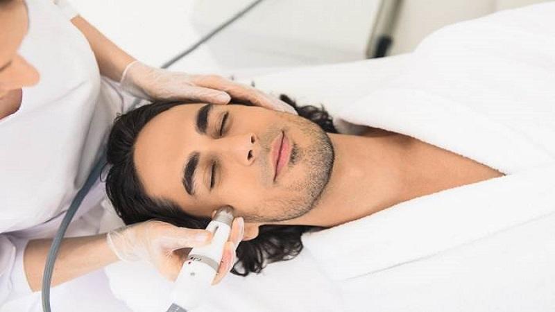 تکنولوژی لیزر برای از بین بردن موهای سفید و خاکستری   بهترین لیزر موی زاید اصفهان